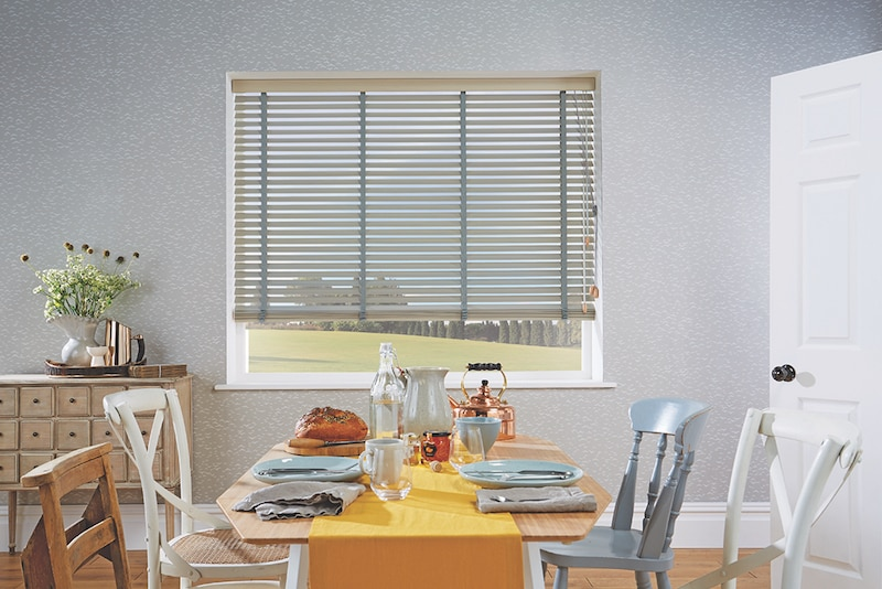Blinds Tura Beach ash wood venetians